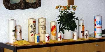 Im Rahmen des Seminares konnten die Paare ihre Ehe-Kerze gestalten (Foto: Denkinger)