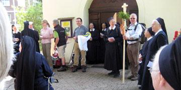 Aufbruch am Heiligtum in Borken (Foto: Gehling)