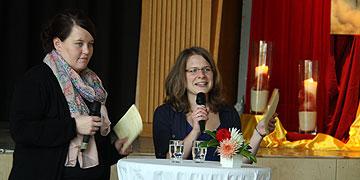 Die Moderatorinnen in Aktion (Foto: SchoenstattMJF)