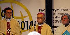 Erzbischof Zollitsch beim Festgottesdienst am 19. Oktober 2013 (Foto: Neiser)