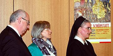 Ehepaar Öhler und Sr. Johanna-Maria Helmich (Foto: Brehm)