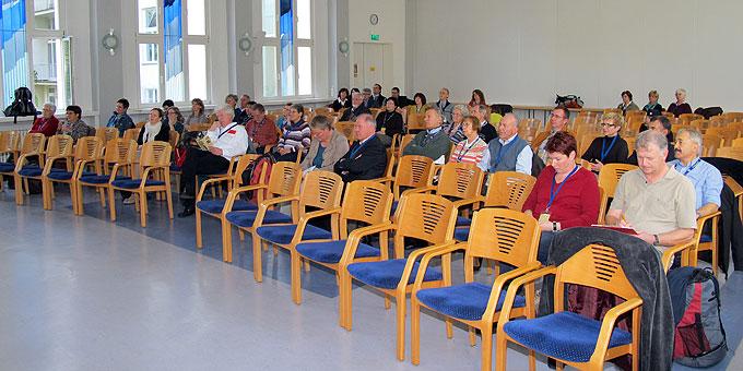In der Aula hätten durchaus noch mehr Teilnehmer Platz gefunden (Foto: Hornung)