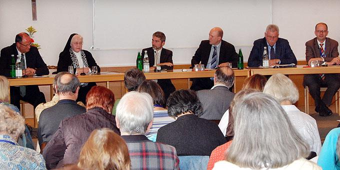 Dialogforum in der Bildungsstätte Marienland (Foto: Brehm)