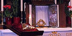 Anbetungsstunden im Heiligtum (Foto: Doll)