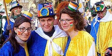 Und: Mitwirkung beim Vallendarer Karnevalsumzug als Teil der Gruppe aus Schönstatt  (Foto: Brehm)