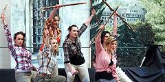 Ausdrucksstarke Tanzgruppe beim Hochseil-Musical (Foto: Bay)