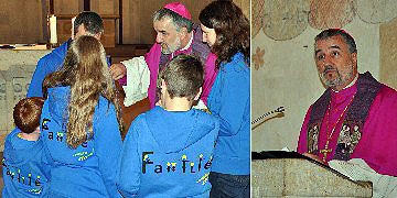 Weibischof Renz stärkt die Mitfeiernden durch sein Wort, sein persönliches Interesse und seinen Segen (Foto: SAL)
