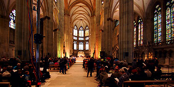 Der Regensburger Dom gut gefüllt (Foto: Brehm)