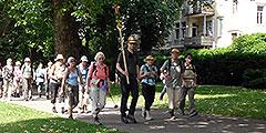 Fuß-Pilgergruppe aus Freiburg auf dem Weg durch Koblenz (Foto: Wehrle)