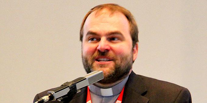 """Pater Stefan Strecker, verantwortlich für das Team 2014: """"Was die Sodalen damals vor 100 Jahren begeisterte, soll auch heute von den Helfern erfahren werden."""" (Foto: SICT)"""