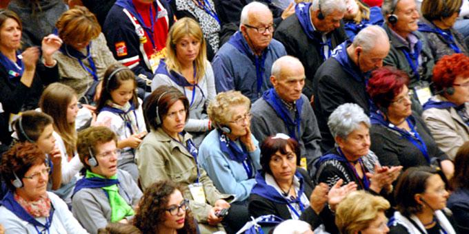 Schönstätter in der Audienzhalle im Vatikan am 25. Oktober 2014 (Foto: Brehm)