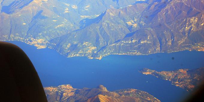 Wolkenloser Himmel über dem Lago Maggiore (Foto: Brehm)