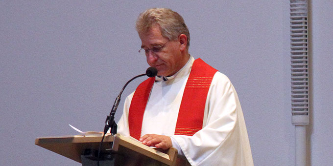 Am Ambo: Schönstatt-Pater Felix Stässle (Foto: Lilek)