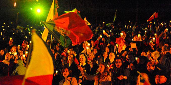 Vigilfeier bei der internationalen Jubiläumswallfahrt nach Schönstatt (Foto: Kröper)