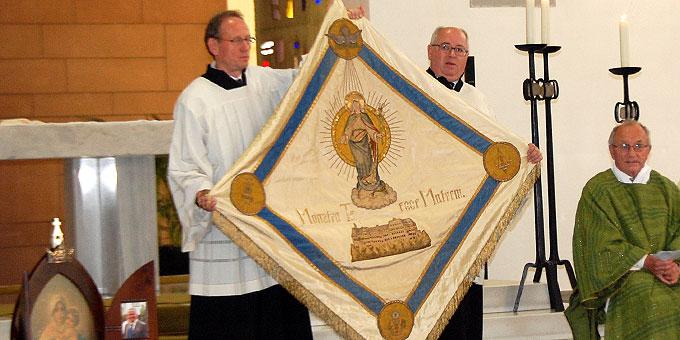 Die Fahne der marianischen Kongregation, die am 18.10.1914 beim Gründungsvortrg mit in der Michaelskapelle war  (Foto: Brehm)