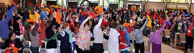 Bunte Vielfalt, Freude und Begeisterung beim Internationalen Treffen der SbFuM (Foto: SAL)