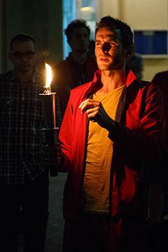 Die Fackel weitergeben - das Licht Christi zu den Menschen tragen (Foto: fackellauf.de)