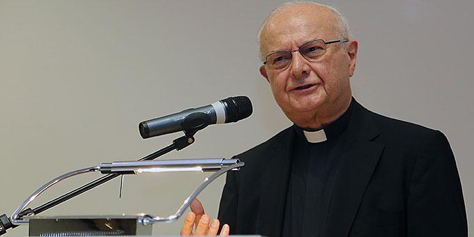 Erzbischof em. Dr. Robert Zollitsch beim Akademieabend in Würzburg (Foto: Markus Hauck, POW)