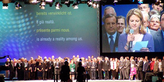 """Abschlussbotschaft beim ersten Kongress von """"Miteinander für Europa"""" in Stuttgart im Jahr 2004 (Foto: MfE)"""