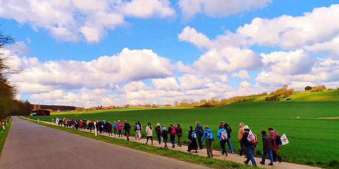 """Unsere Zwischenetappe """"Röderhof"""" ist schon zu sehen (Foto: Bittner)"""
