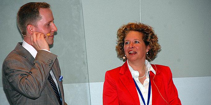 Die Moderatoren: Christiane Rohn, Institut für Organisationsberatung und Dialog GmbH, und David Brähler, Interactio-Consulting (Foto: Brehm)