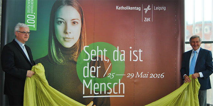 Enthüllung der Werbelinie des 100. Katholikentages in Leipzig (Foto: Katholikentag)