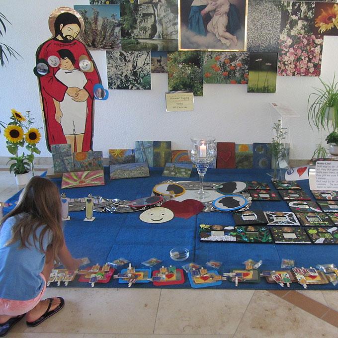 Ausstellung aller Kunstwerke beim Abschluss (Foto: SAL)