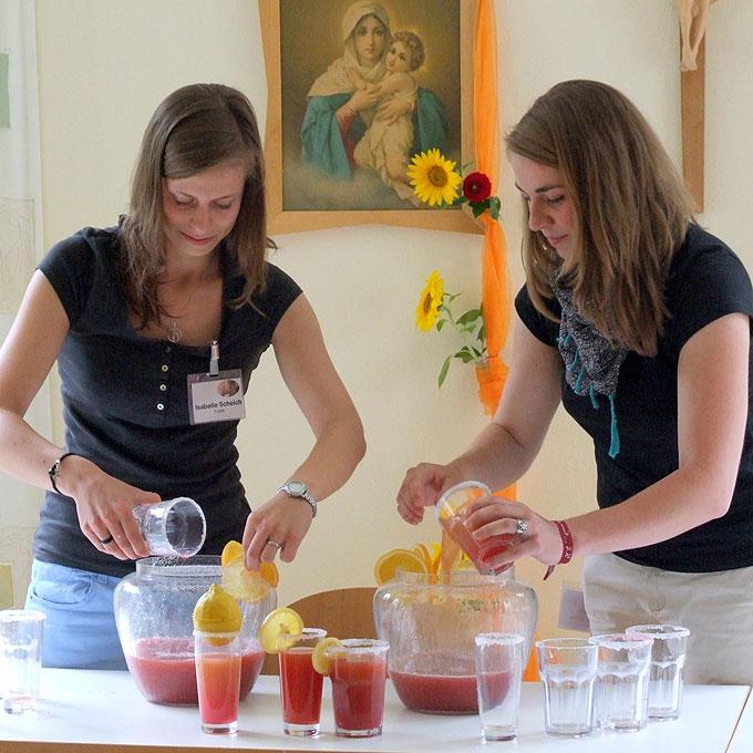 Cocktails mixen (Foto: MJF, Sonnenau)