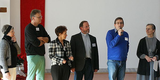 Pfr. Josef Treutlein, Schönstatt-Bewegung (3.v.r.), war im Team, das die Novene vorbereitet hat (Foto: Bianca Bauer, Aglow)