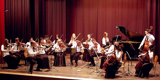 """Das Jugendkammerorchester """"Camarata Ivotí"""" aus Brasilien  (Foto: Brehm)"""