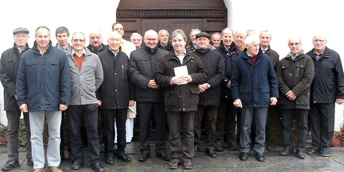 Die Männer nach der Weihe bei den Besinnungstagen im Schönstatt-Zentrum Aulendorf (Foto: Mayr)