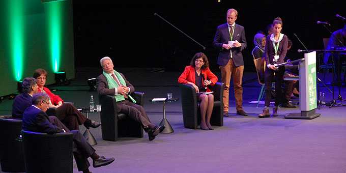 Es diskutierten (v.l.n.r.): Prof. Dr. Detlef Pollack, Dr. Ahmet Cavuldak, Prof. Dr. Ulrike Kostka, Bundespräsident Joachim Gauck, Moderation: Dr. Jacqueline Boysen (Foto: Brehm)