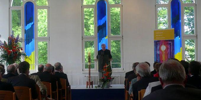 """Vollbesetzte Reihen bei der Festveranstaltung """"10 Jahre KWKI an der PTHV"""" (Foto: Breitbach)"""