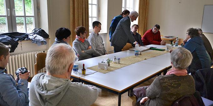 Besuch der polnischen Pilgergruppe im ehemaligen Studienheim wo Engling studiert hat, der heutigen Theologischen Hochschule der Pallottiner (Foto: J. Kosmowski)