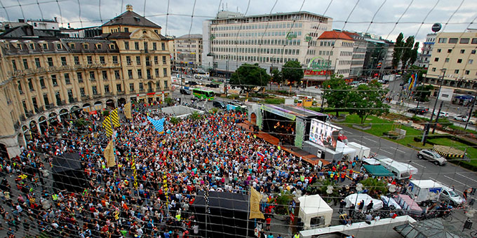 """Kundgebung von """"Miteinander für Europa"""" am 2. Juli 2016 in München (Foto: Grill)"""