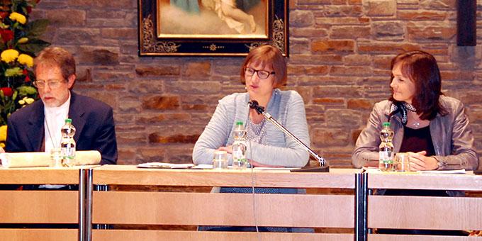 Monika Arndt, Münster, moderierte das Podium am Nachmittag des 15. Oktobers (Foto: Brehm)