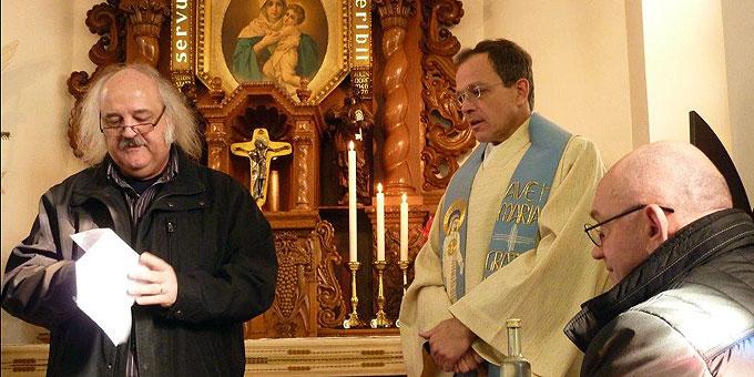 Dieter Köhler bedankt sich beim Referenten Pfr. Simon (Foto: Maennerliga)
