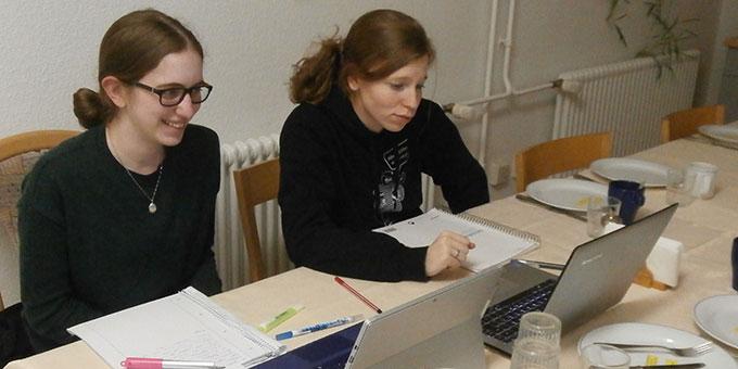 """""""Beten und Büffeln"""" ain Angebot der Jungen Frauen in Schönstatt (Foto: Heger)"""