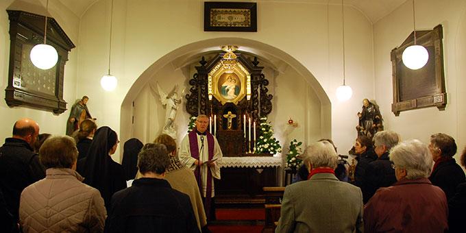Gebetszeit im Urheiligtum in Vallendar-Schönstatt (Foto: Brehm)
