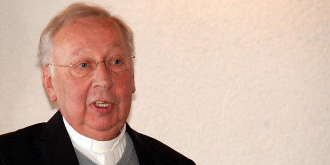 Dr. Peter Wolf hält einen Tag der Geisteserneuerung in Oberkirch  (Foto: Brehm)