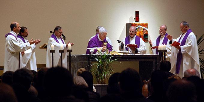 Eucharistiefeier (Foto: Brehm)