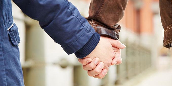Zeit als Paar bei den Exerzitien für Ehepaare (Foto: © Robert Kneschke - Fotolia.com)