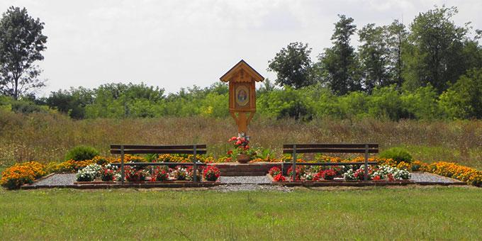 Bildstock der Dreimal Wunderbaren Mutter von Schönstatt am Standort des zukünftigen Schönstatt-Heiligtums in Ivanovic, Kroatien (Foto: privat)