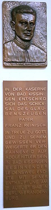 Reinisch-Plakette in der Herz-Jesu-Kirche (Foto: Nicholas Wolf)