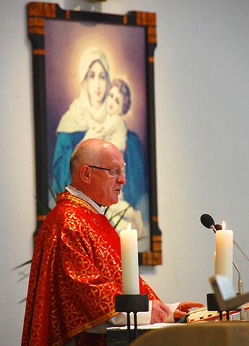 Pater Franz Widmaier: Ein Wort des Dankes (Foto: Brehm)