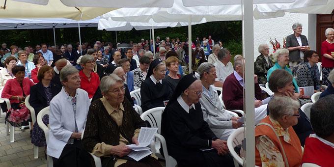 Festgemeinde (Foto Bieler)