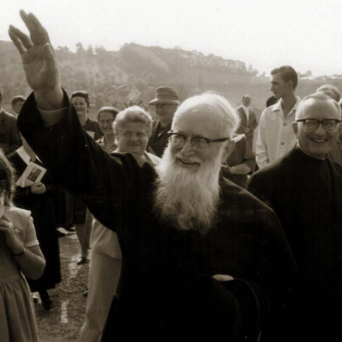 Pater Josef Kentenich beim Besuch in Oberkirch 1967 (Foto: Archiv-Foto)