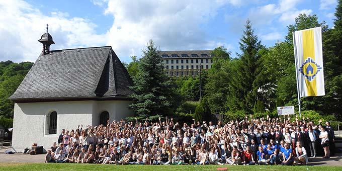Die Teilnehmerinnen der Jubi-Days am Urheiligtum (Foto: Sr. Marion McClay)