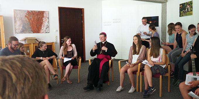 Begegnung mit Erzbischof Stephan Burger (Foto: Tasch)