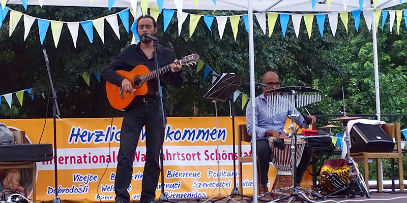 Musiker Daniel Rodriguez & Veu (Foto: Pilgerzentrale)